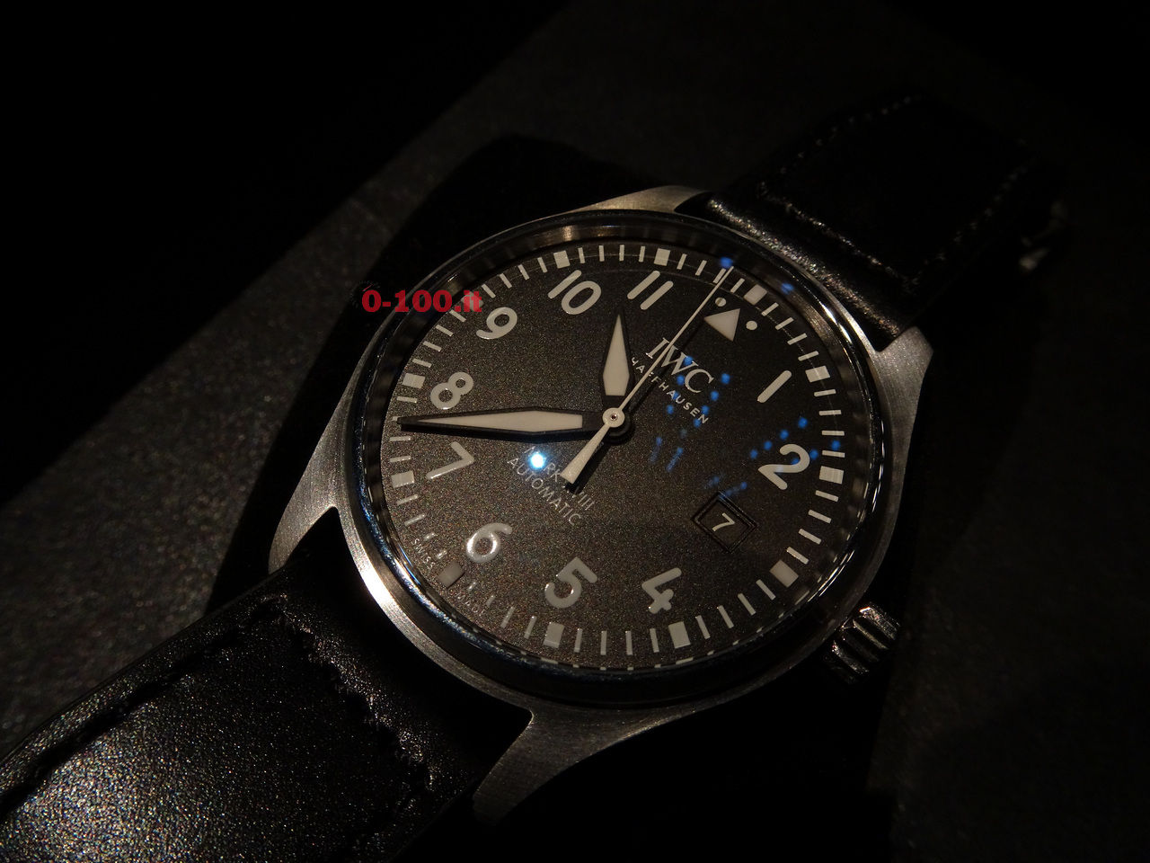 IWC-Pilot-Watch-Mark-XVIII-Ref-IW327001-IW327011-IW327002-0-100_1
