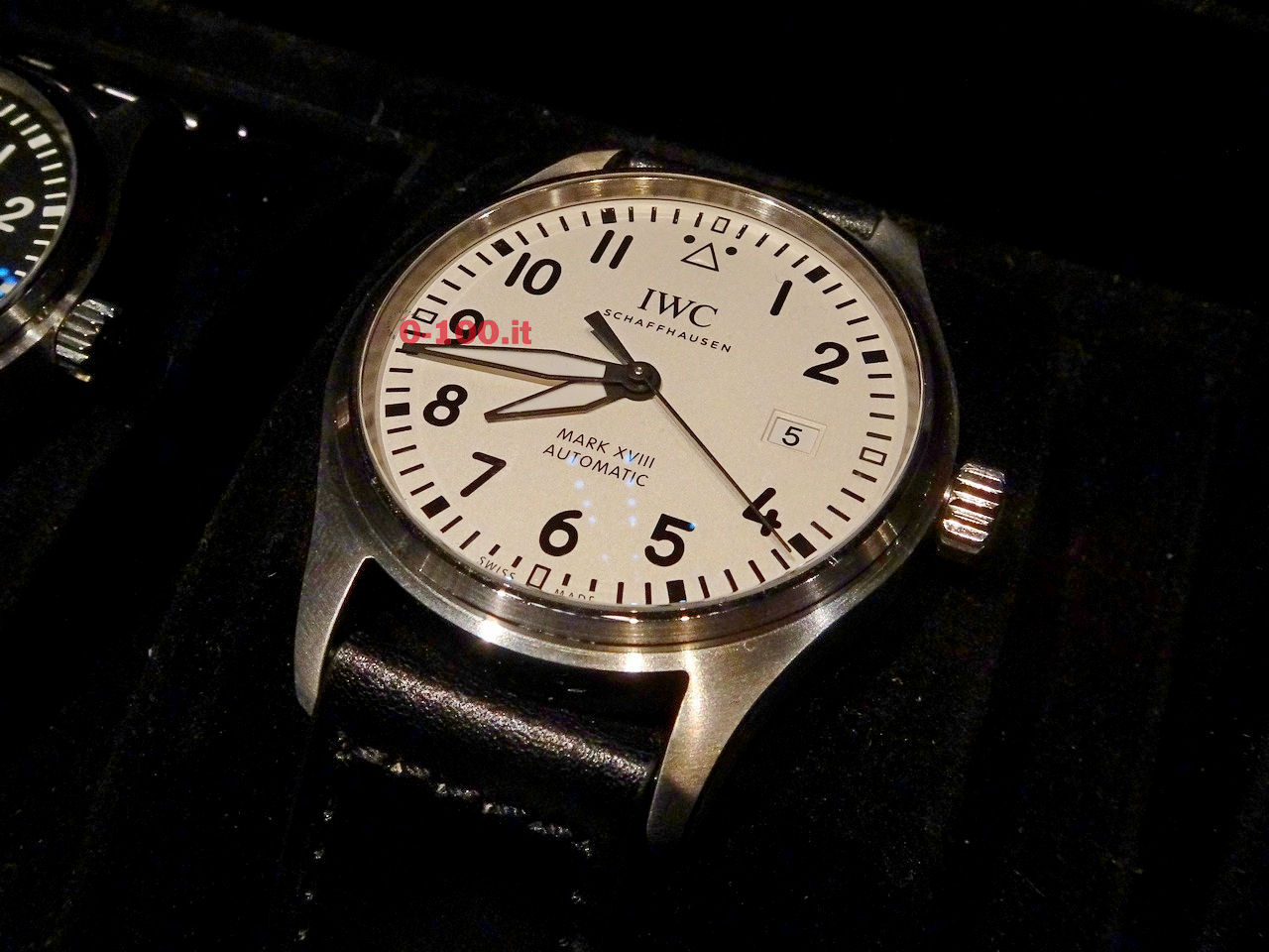 IWC-Pilot-Watch-Mark-XVIII-Ref-IW327001-IW327011-IW327002-0-100_4