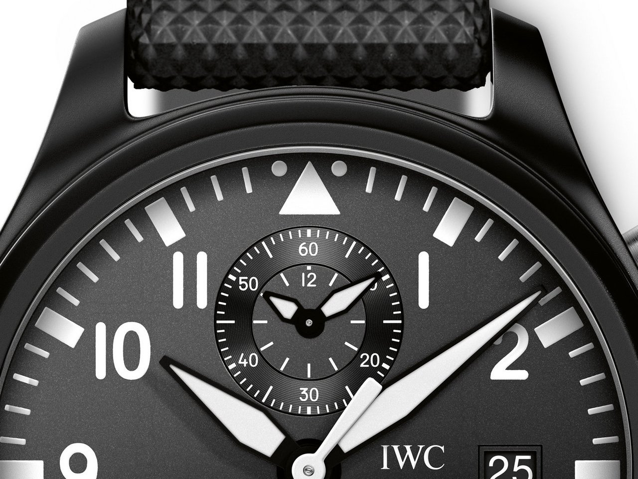SIHH-2016-IWC Big-Pilot-Watch-Chronograph-TOP-GUN-ref-IW389001-0-100_3