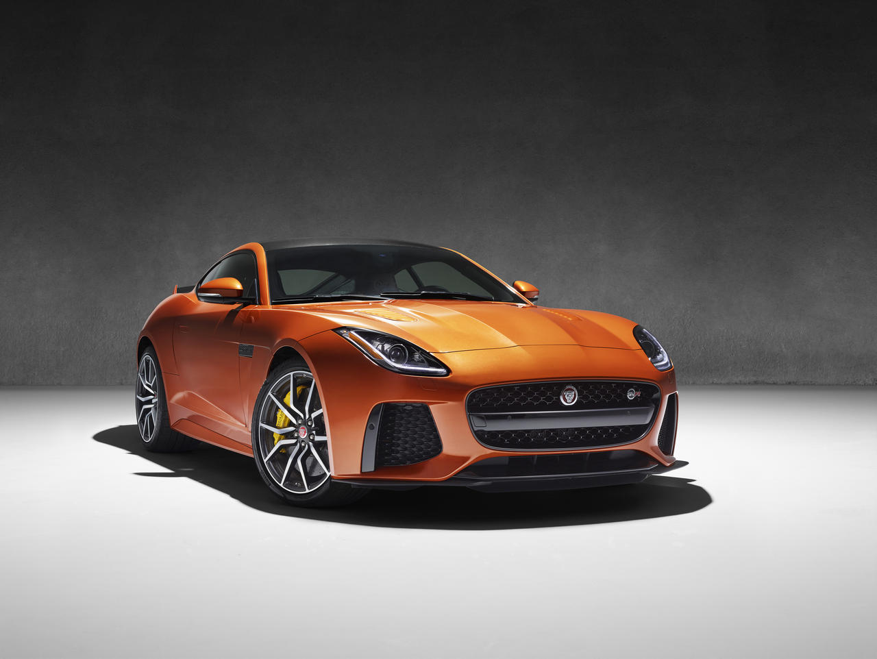 jaguar-f-type-SVR-geneva-2016_0-100_8