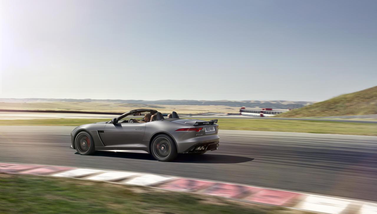 jaguar-f-type-convertible-SVR-geneva-2016_0-100_11