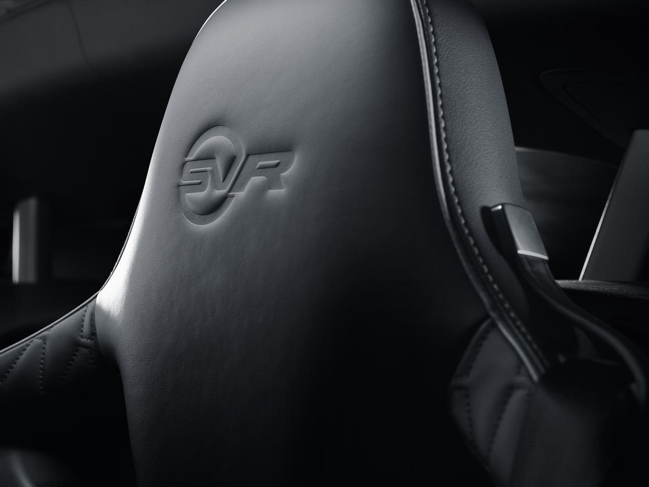 jaguar-f-type-convertible-SVR-geneva-2016_0-100_25