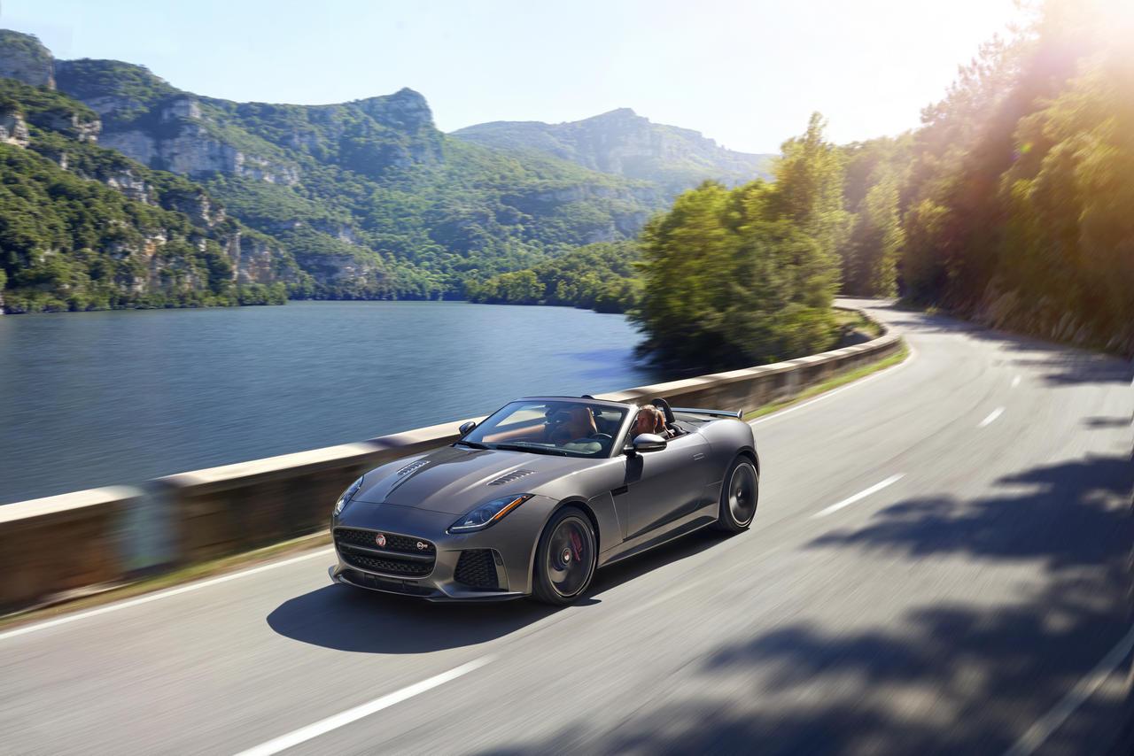 jaguar-f-type-convertible-SVR-geneva-2016_0-100_6