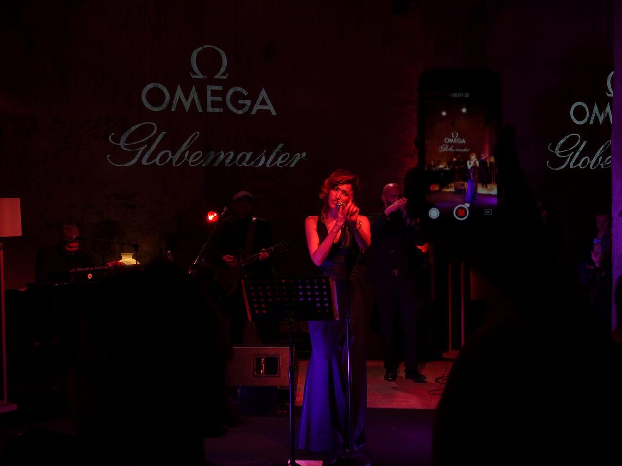 omega-presenta-la-collezione-globemaster-cracco-nina-zilli-milano-metas_0-1005