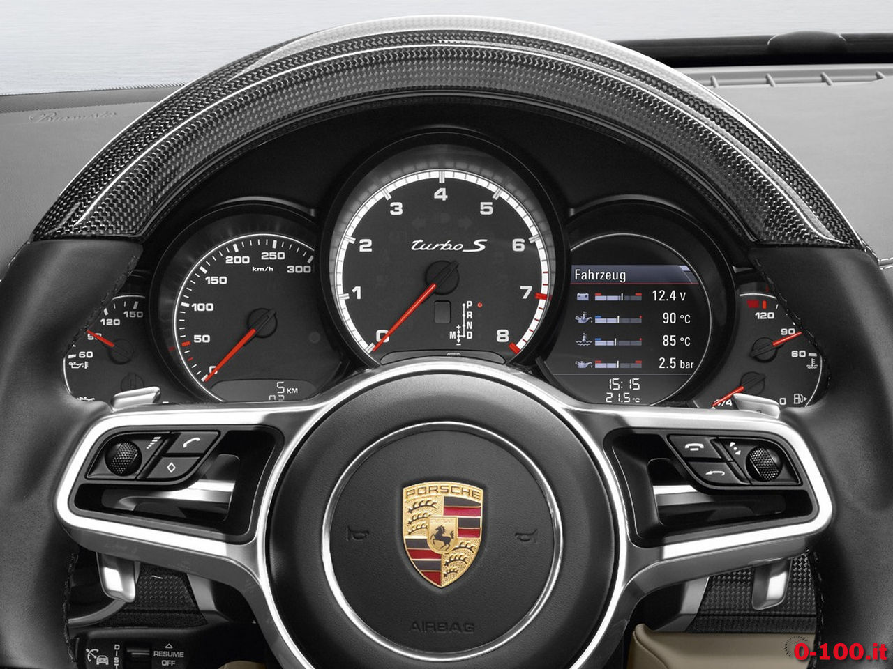 porsche-macan-2000-turbo-2016-0-100_6