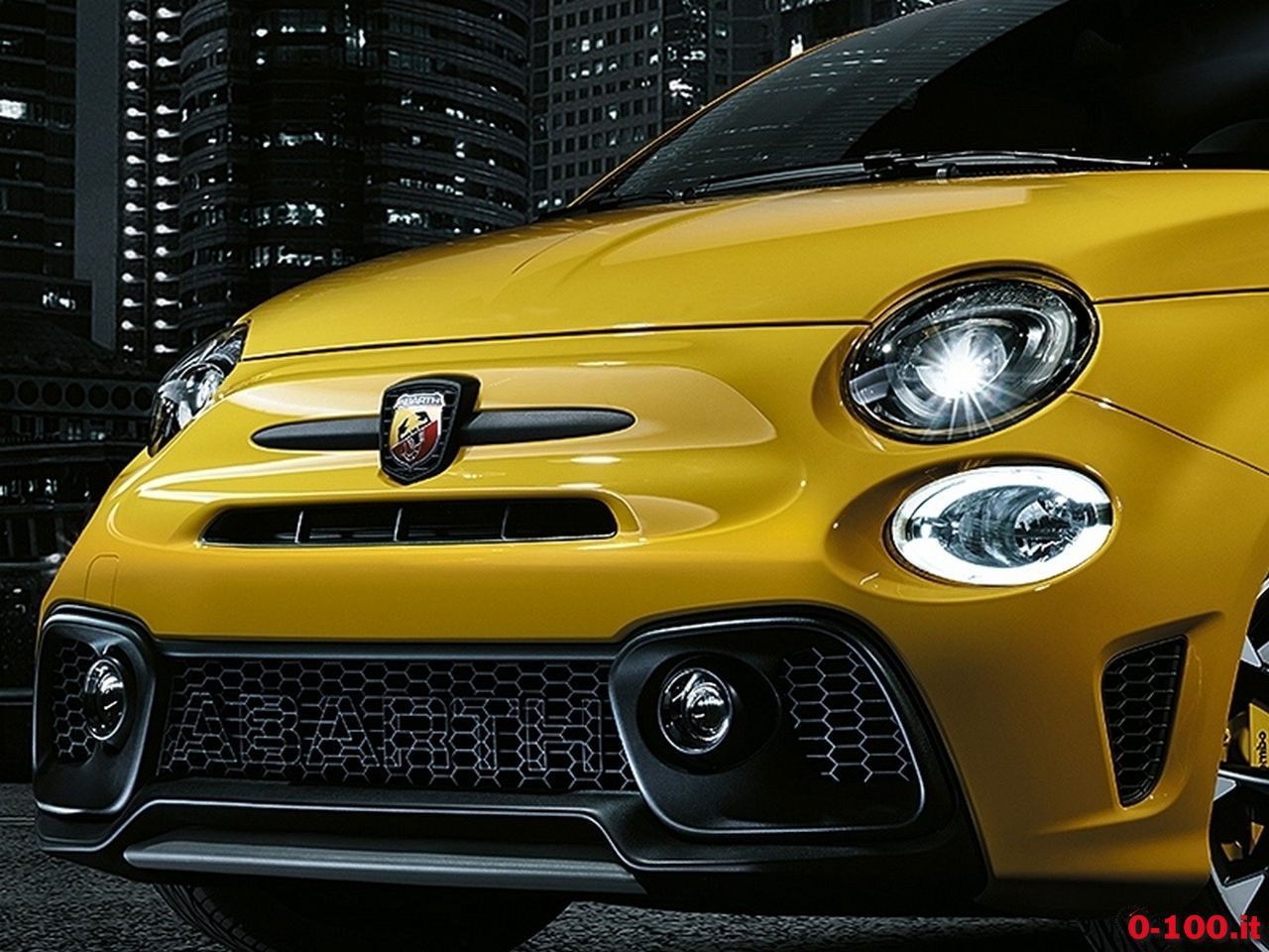 1605dfsd11_Abarth_New_Abarth_595_01
