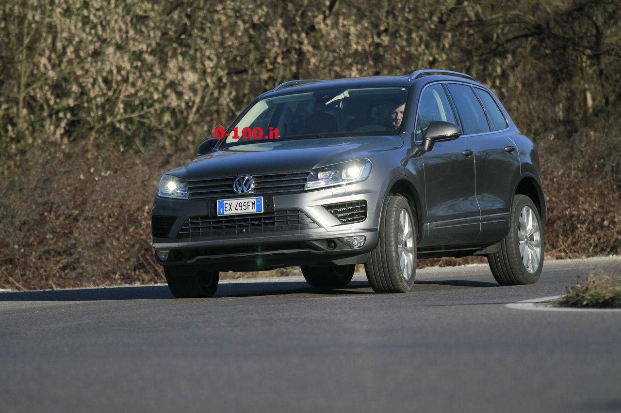 volkswagen-touareg-3000-v6-tdi-test-drive-impressioni-prova-su-strada_0-100_10