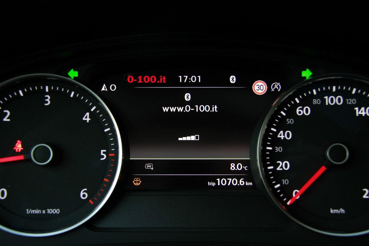volkswagen-touareg-3000-v6-tdi-test-drive-impressioni-prova-su-strada_0-100_36