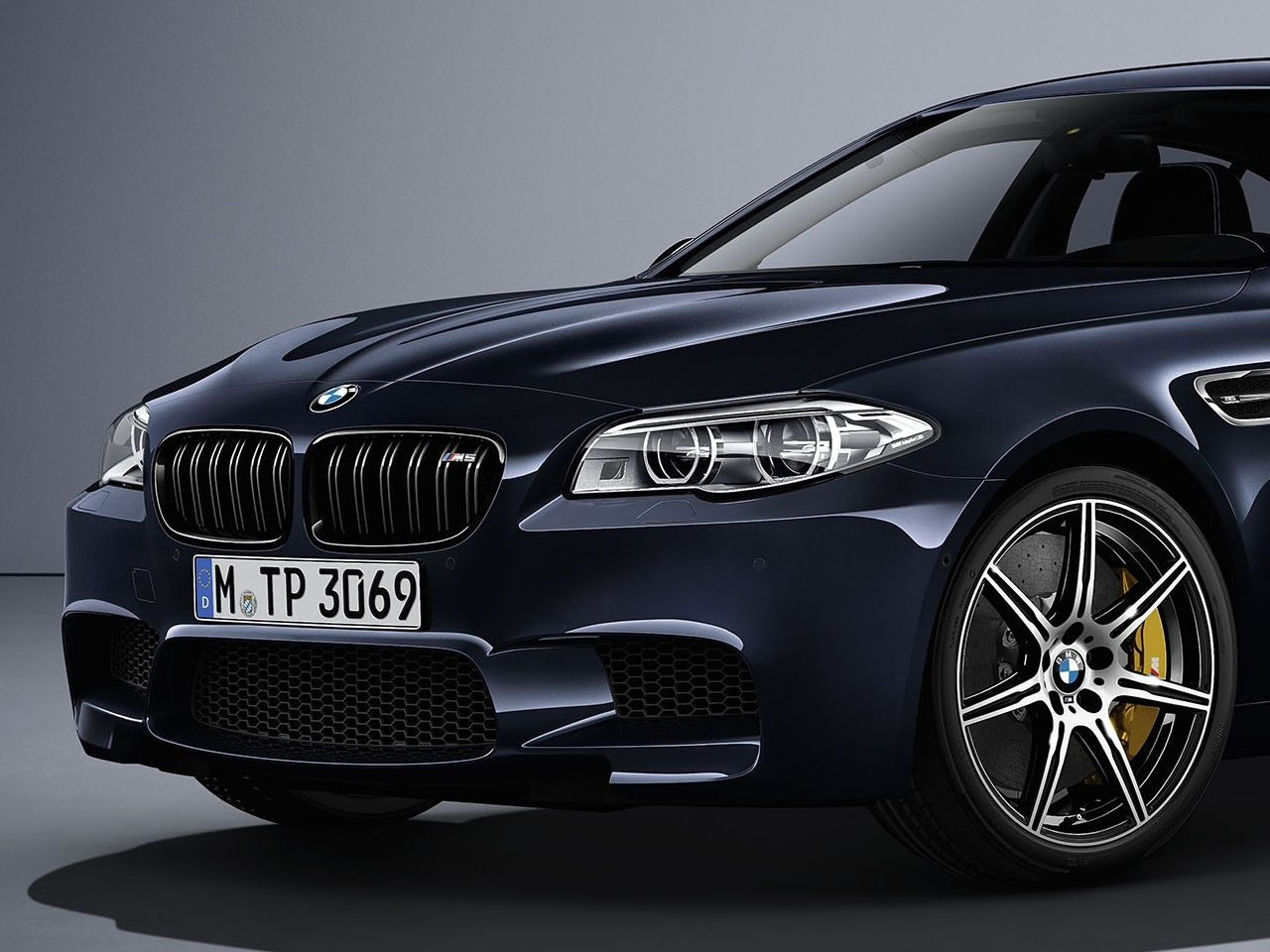 bmw-m5-competition-edition-0-100_2016_4