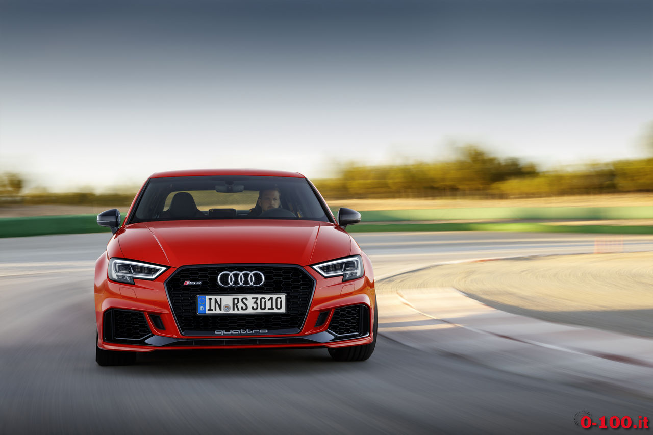 audi-rs3-sedan-berlina-test-opinioni-prova-prezzo_0-100_15