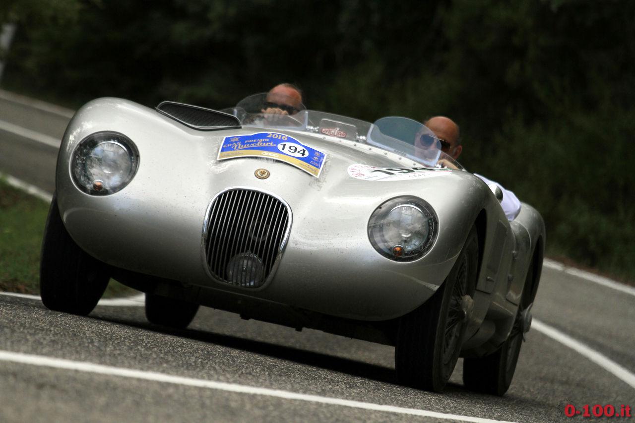 gran-premio_nuvolari-2016_0-100-eberhard_82-Collins-Stoliopoulos-jaguar-c