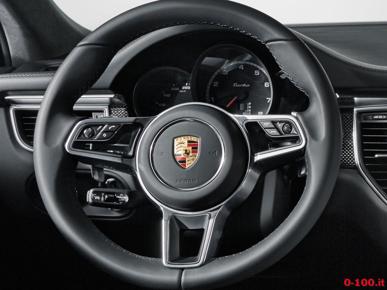 porsche-macan-turbo-performance-package-prezzo-price_0-100_10