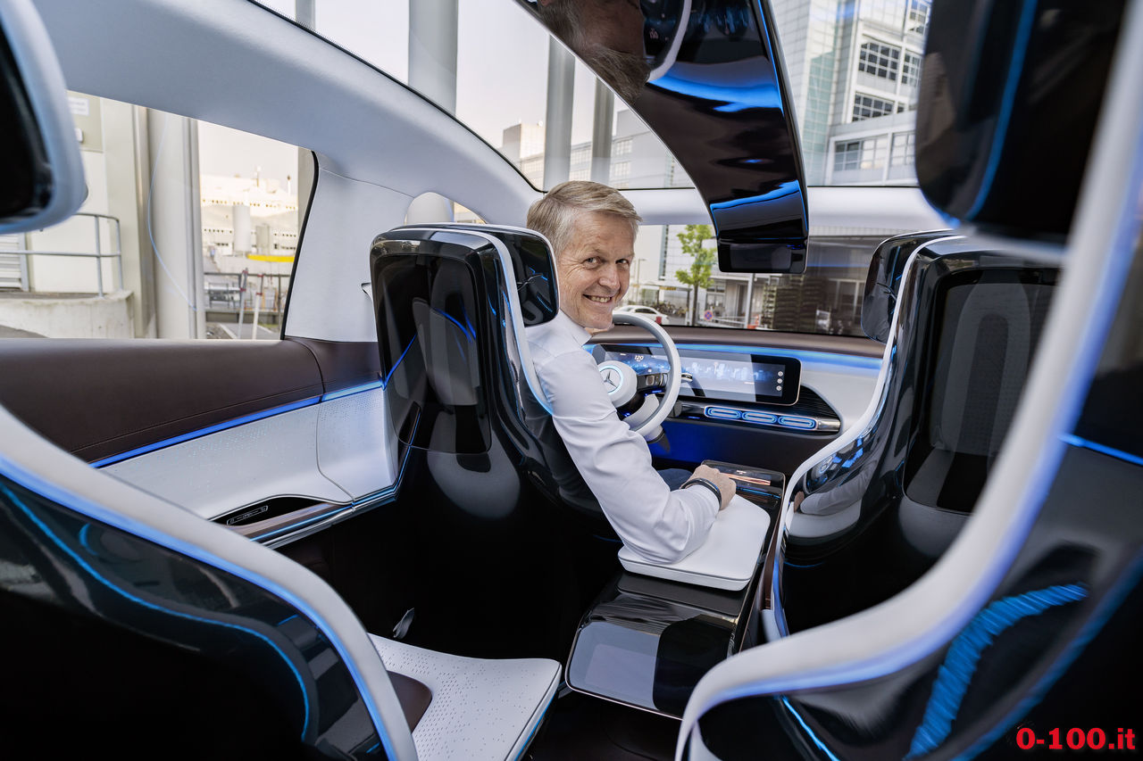 mercedes-generation-eq-ev-electric_0-100_25