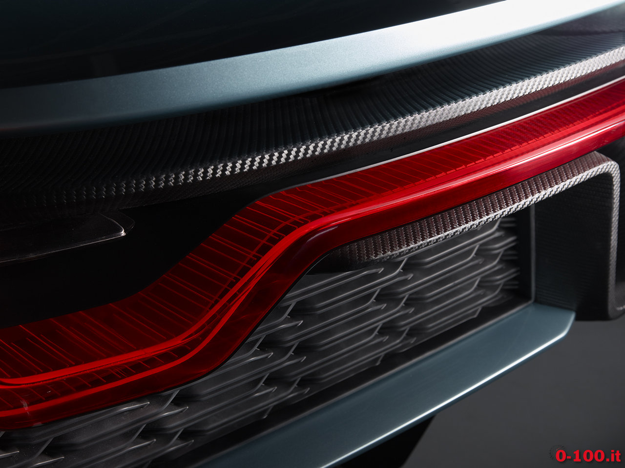 nextev_nio-ep9-china-electric-hypercar-lap-nurburgring_0-100_12