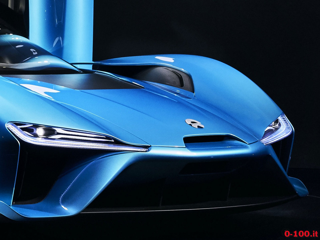 nextev_nio-ep9-china-electric-hypercar-lap-nurburgring_0-100_35