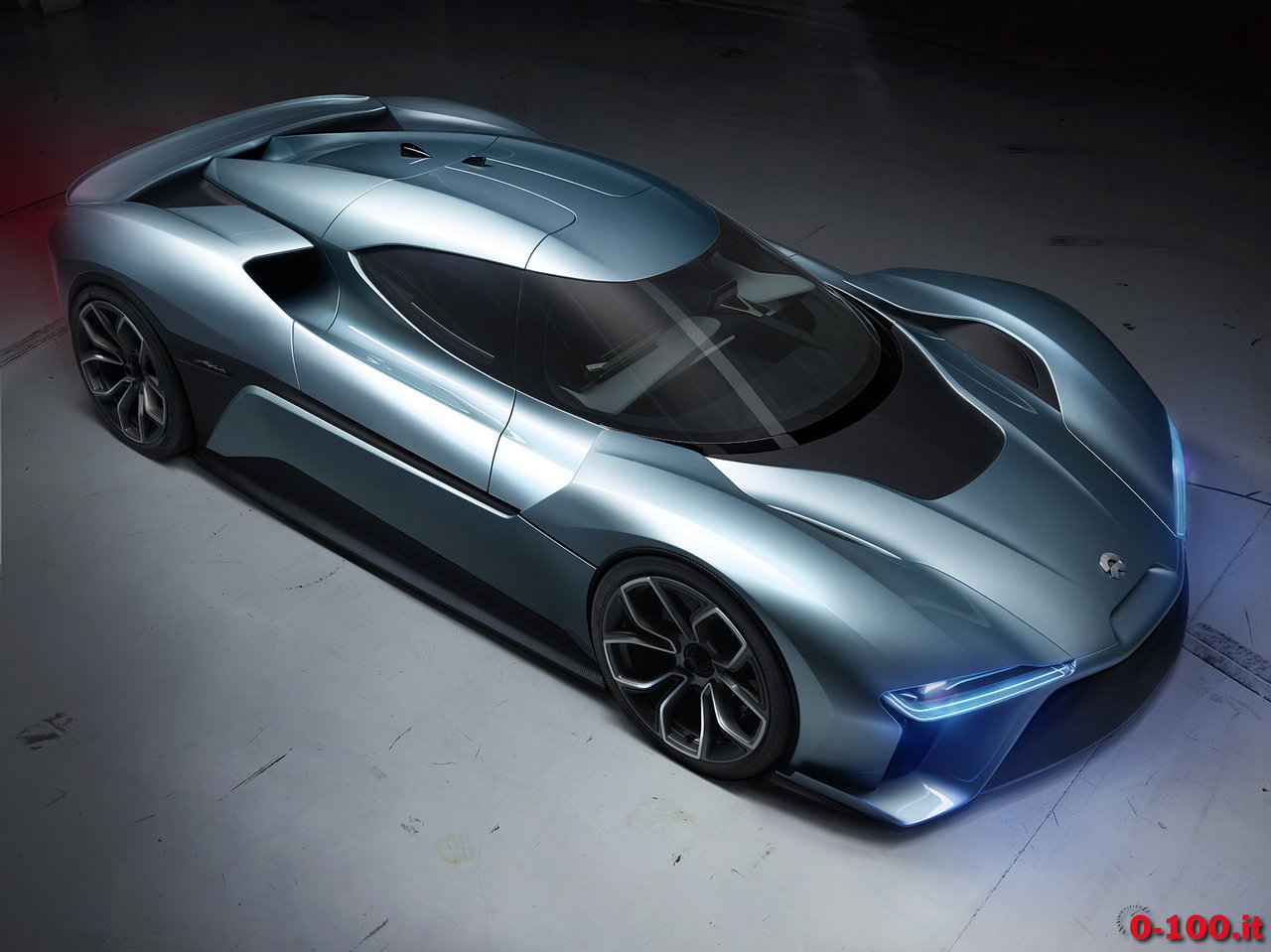 nextev_nio-ep9-china-electric-hypercar-lap-nurburgring_0-100_8