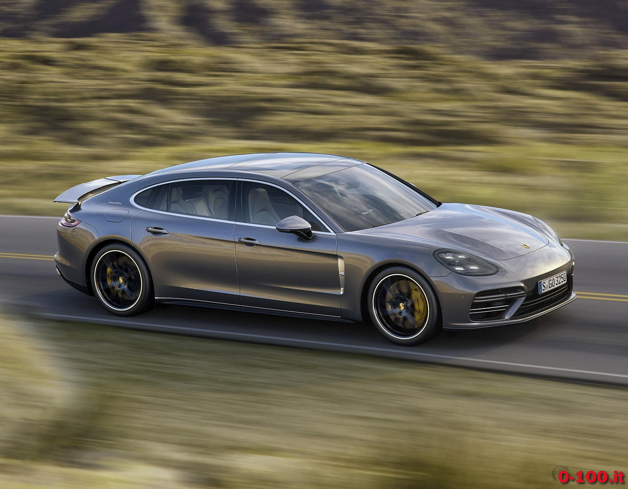 prosche-panamera-executive_4s-turbo-hybrid-0-100_12