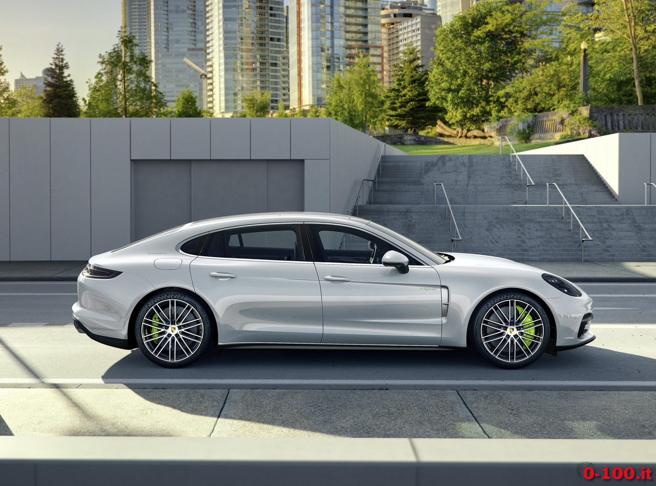 prosche-panamera-executive_4s-turbo-hybrid-0-100_9
