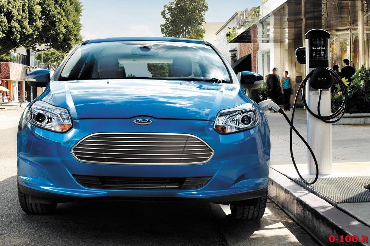 2014-Ford-Focus-EV-front-1