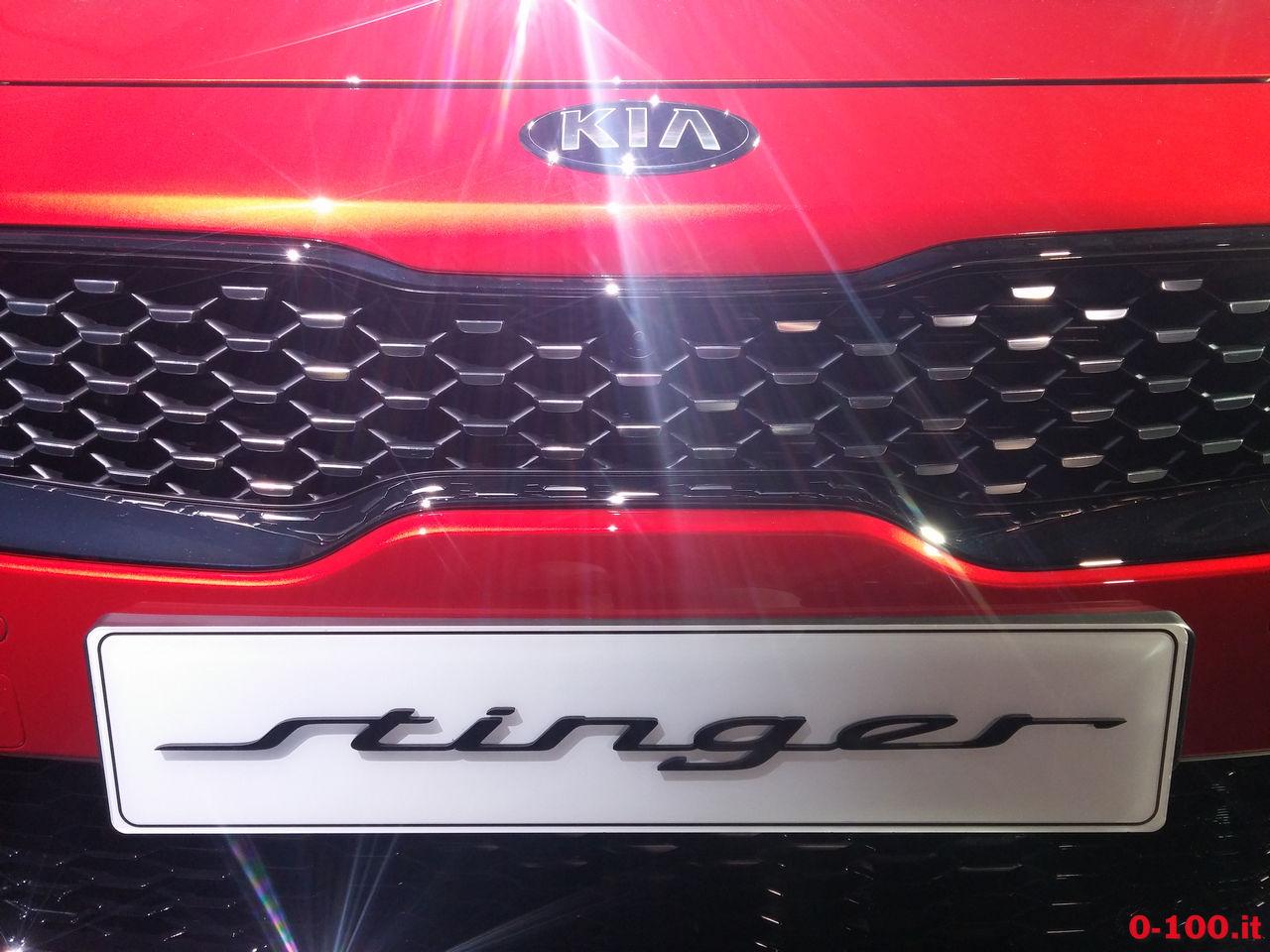 kia_stinger_official-unveiling-milano_0-100_2
