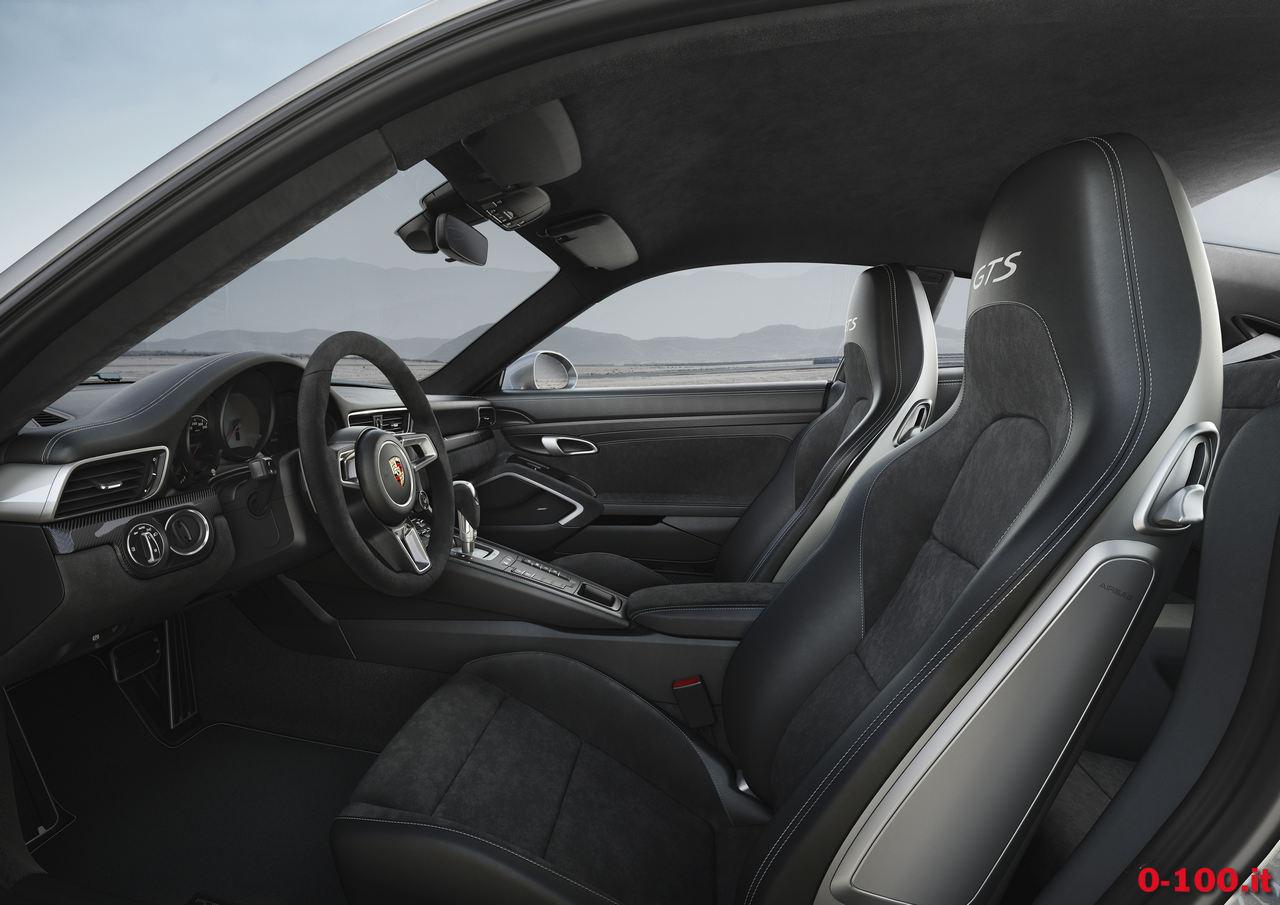 porsche_911-991-carrera-4-gts-coupe-targa-cabriolet-0-100_9