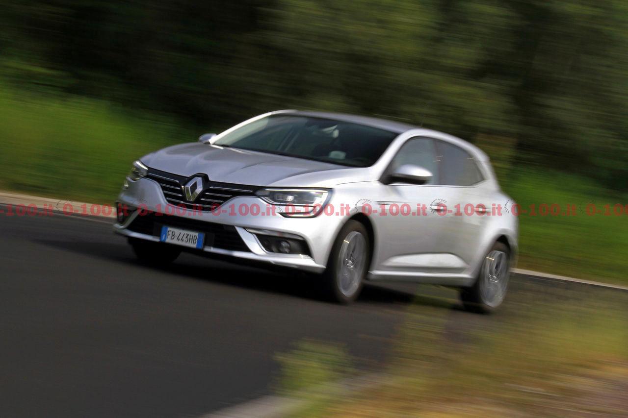 Renault-Megane-GT-Bose-dCi-130-test-prova-opinioni_0-100_26