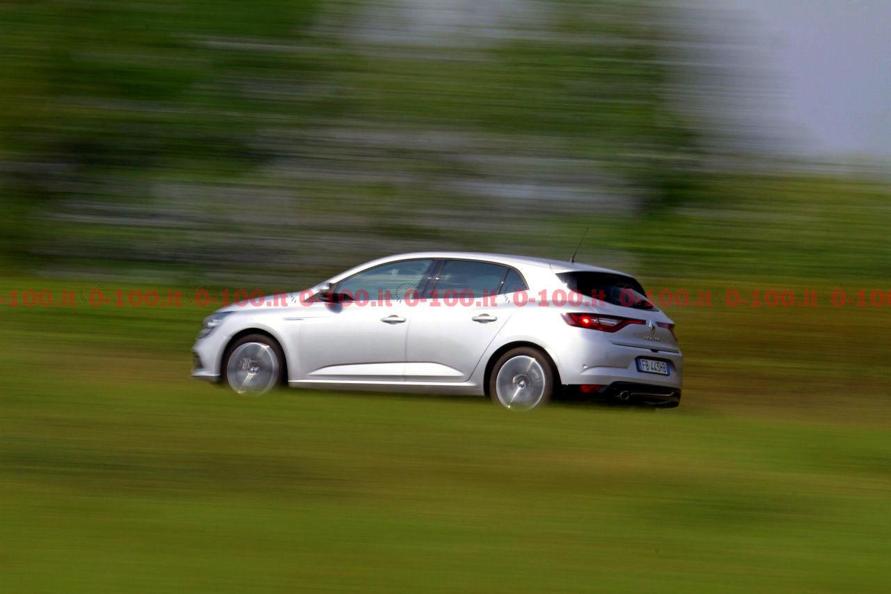 Renault-Megane-GT-Bose-dCi-130-test-prova-opinioni_0-100_28