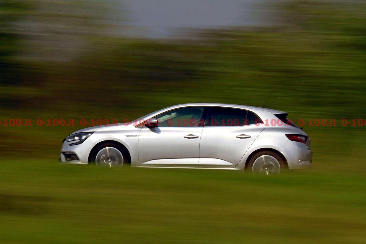 Renault-Megane-GT-Bose-dCi-130-test-prova-opinioni_0-100_29
