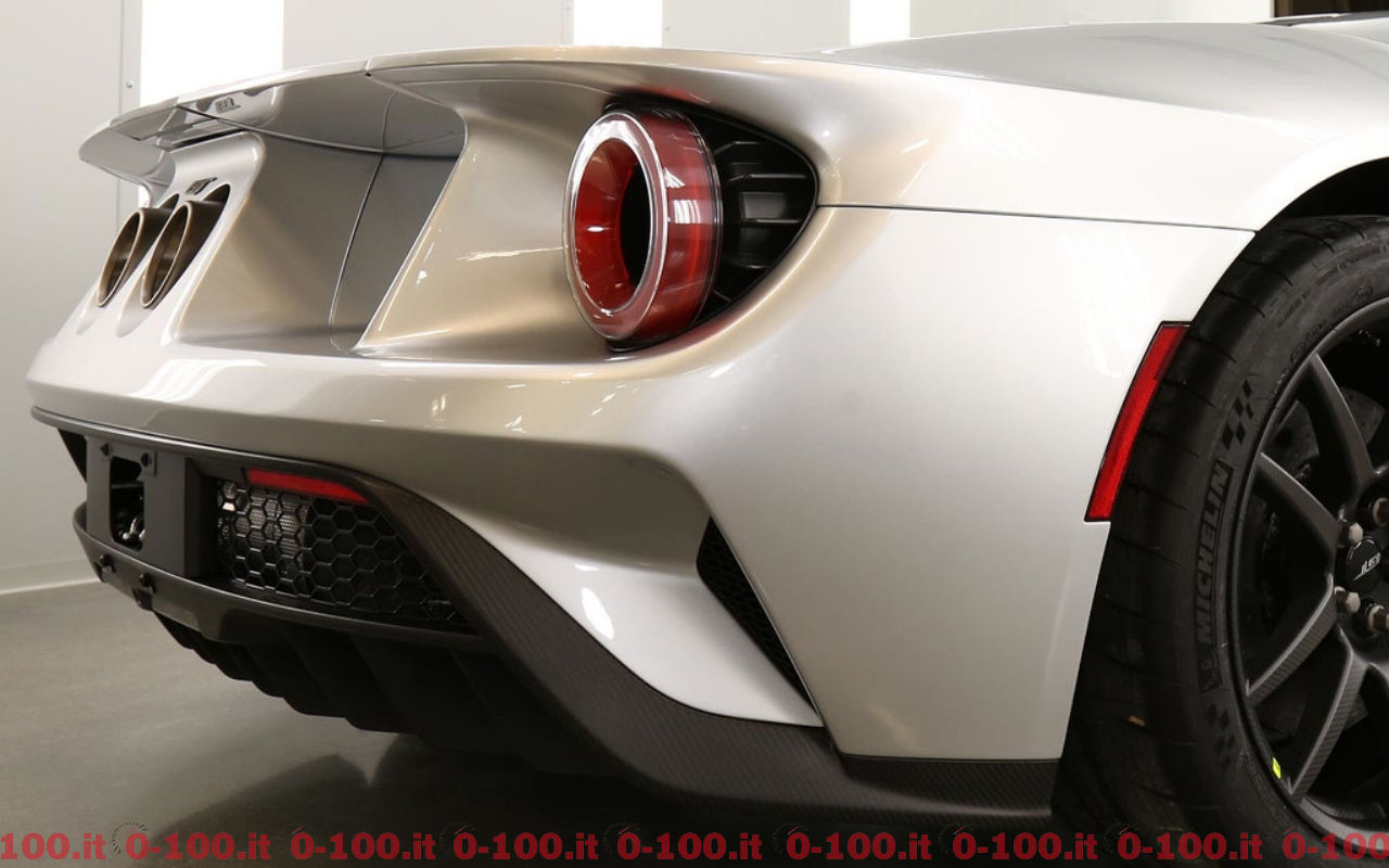 ford-gt-competition-series_0-100_12