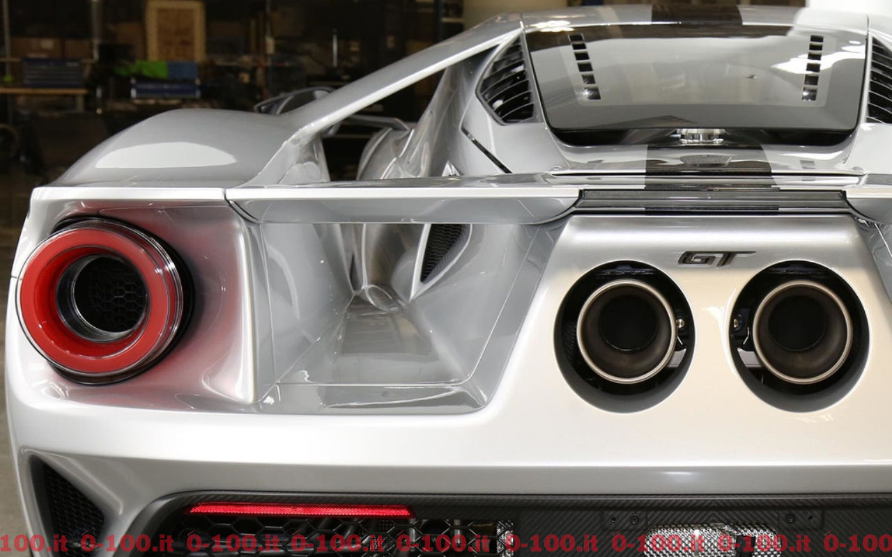ford-gt-competition-series_0-100_13