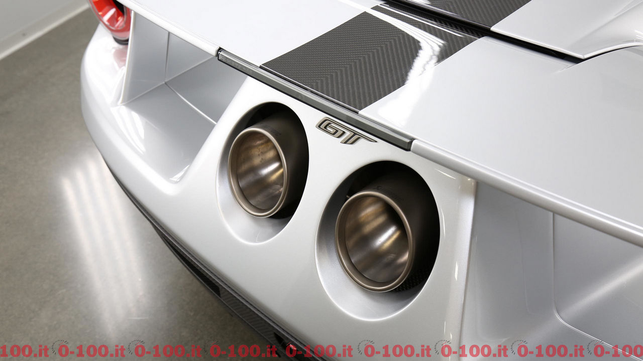 ford-gt-competition-series_0-100_8