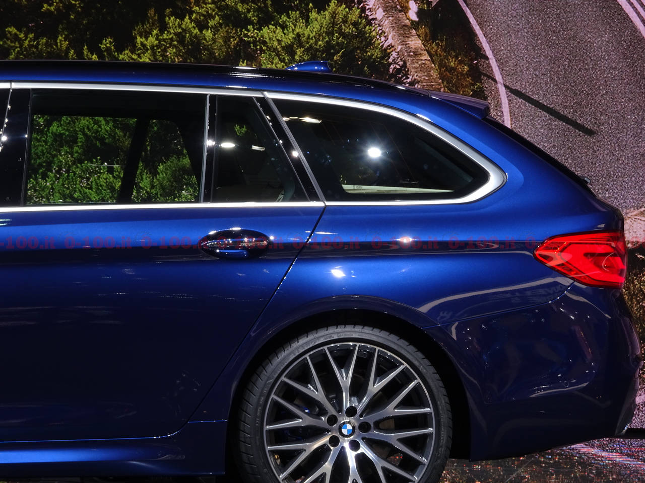 Ginevra-geneva-geneve-2017-BMW_Serie-5-Touring_0-100_12
