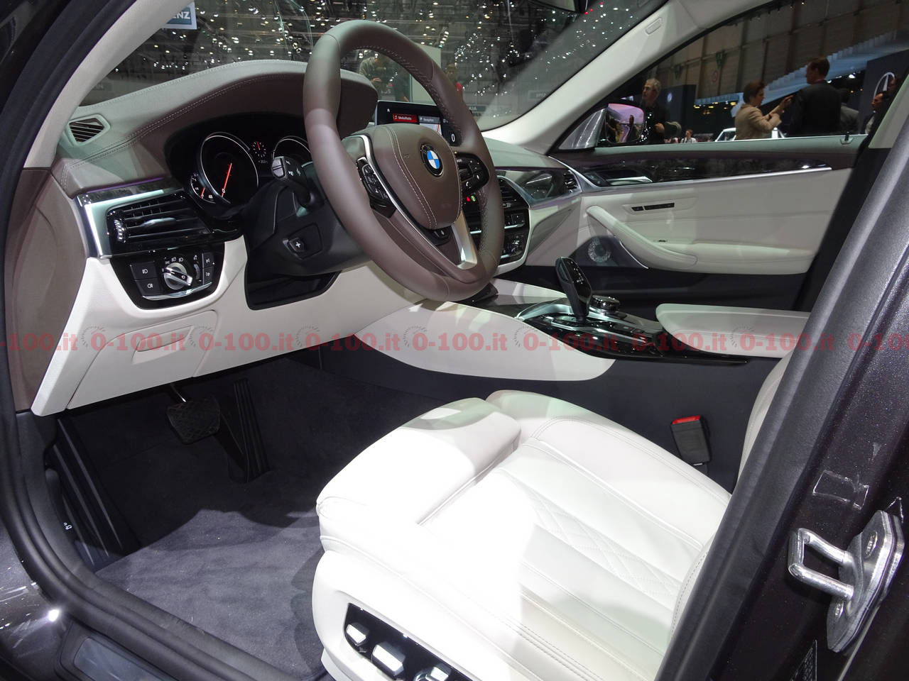 Ginevra-geneva-geneve-2017-BMW_Serie-5-Touring_0-100_22