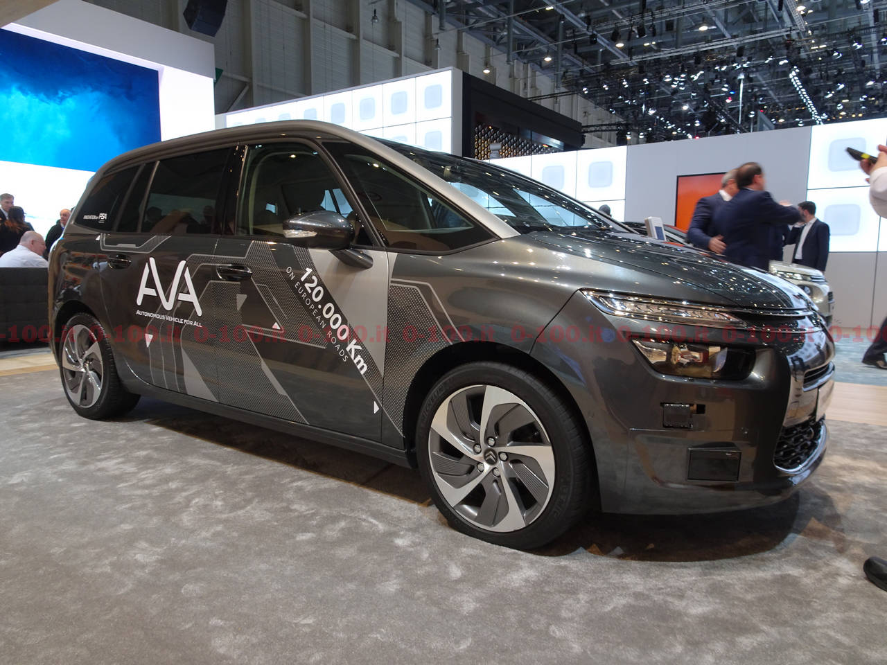 Ginevra-geneva-geneve-2017-Citroën-SpaceTourer-c4-grand-picasso-guida-autonoma-0-100_2
