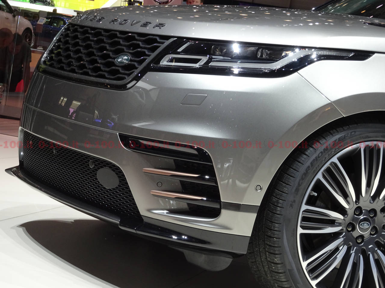 geneva-geneve-ginevra-2017-auto-show-range-rover-velar-0-100_34