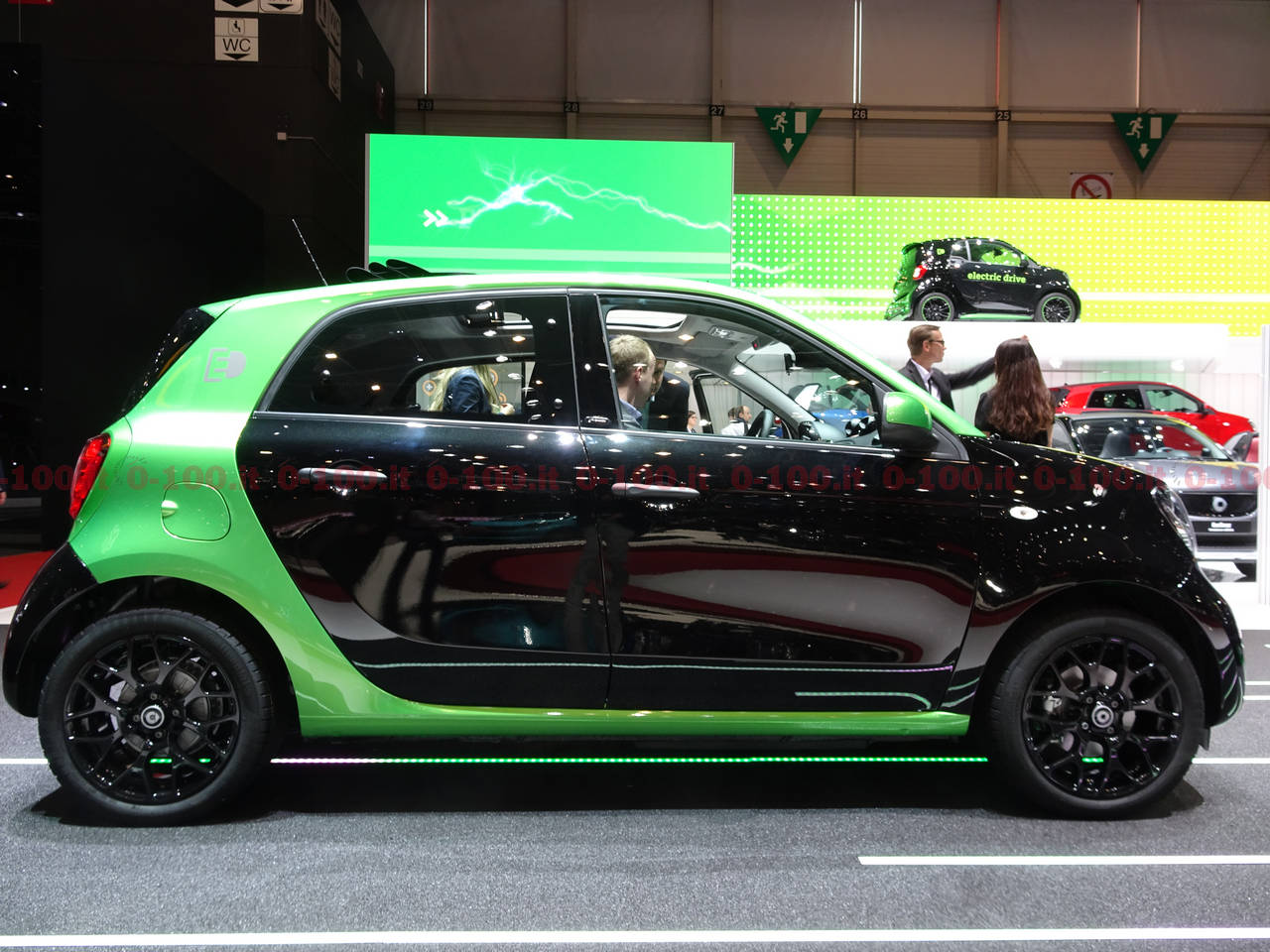 geneva-geneve-ginevra-2017-auto-show-smart-fortwo-forfour_0-100_1