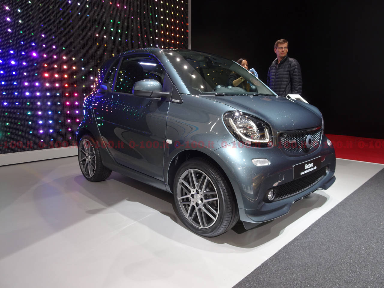 geneva-geneve-ginevra-2017-auto-show-smart-fortwo-forfour_0-100_12
