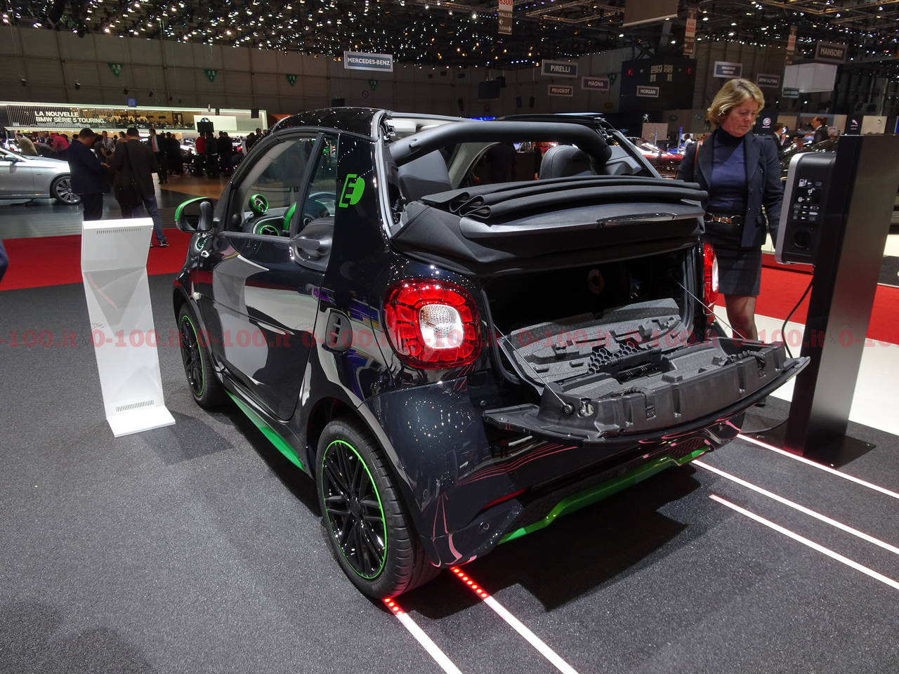geneva-geneve-ginevra-2017-auto-show-smart-fortwo-forfour_0-100_2