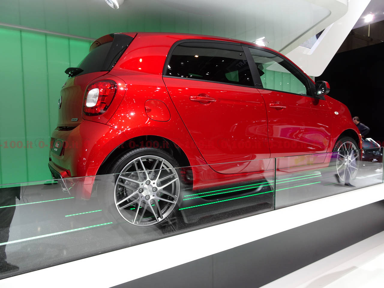 geneva-geneve-ginevra-2017-auto-show-smart-fortwo-forfour_0-100_9