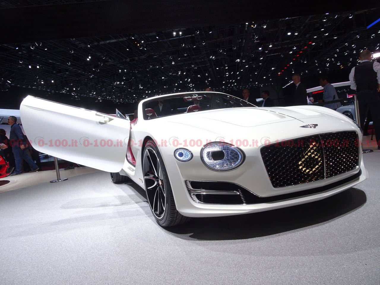 ginevra-geneva-geneve-2017_bentley-EXP-12-ev-electric_0-100_5