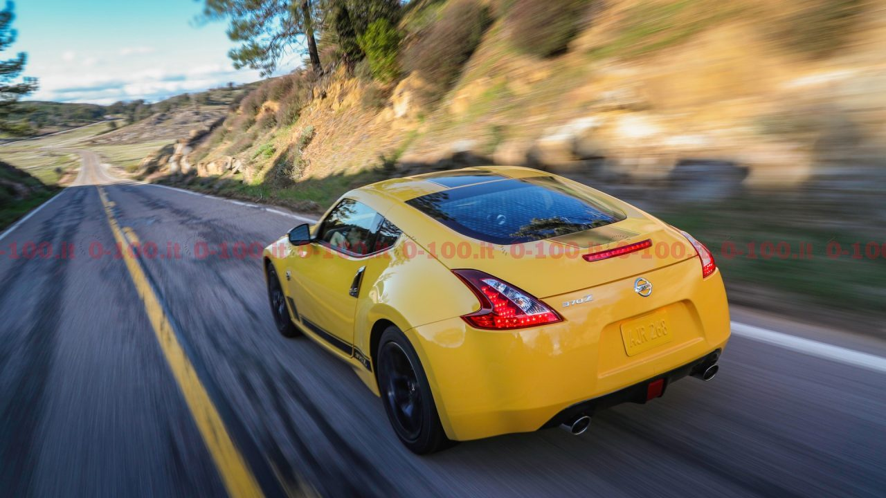 Nissan-370Z-My-2018-Heritage-Edition_3