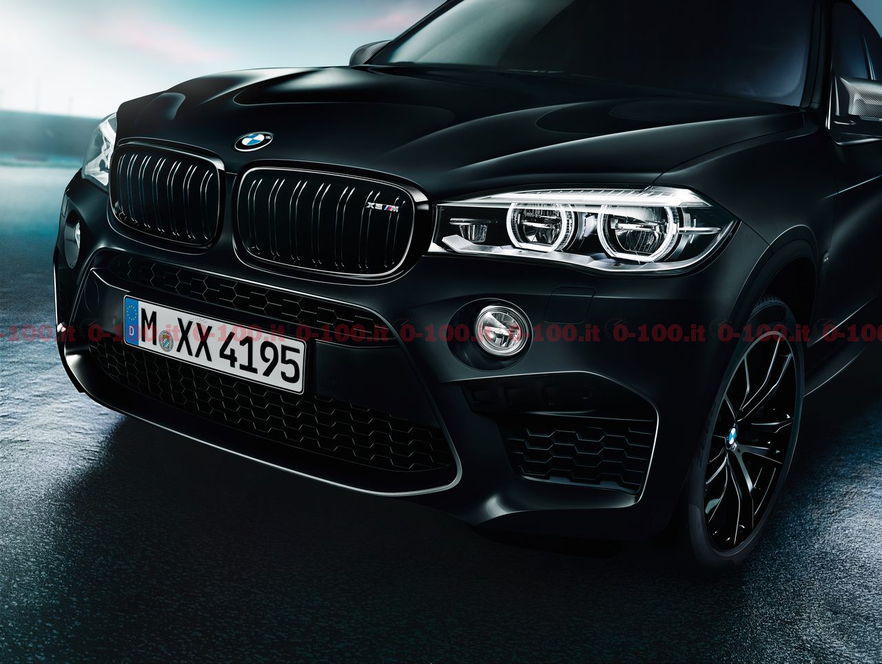 BMW_X5M-X6M-black-fire-edition_0-100_9