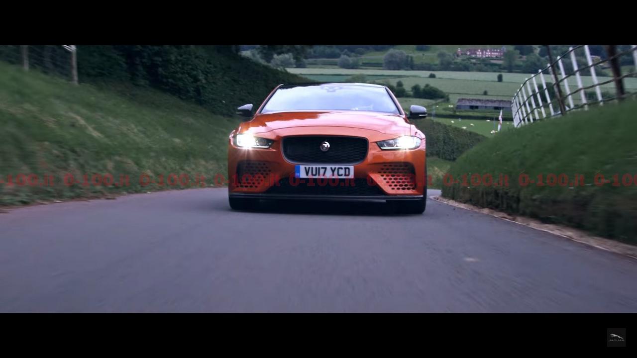 jaguar_XE_SV_Project-8_0-100_19