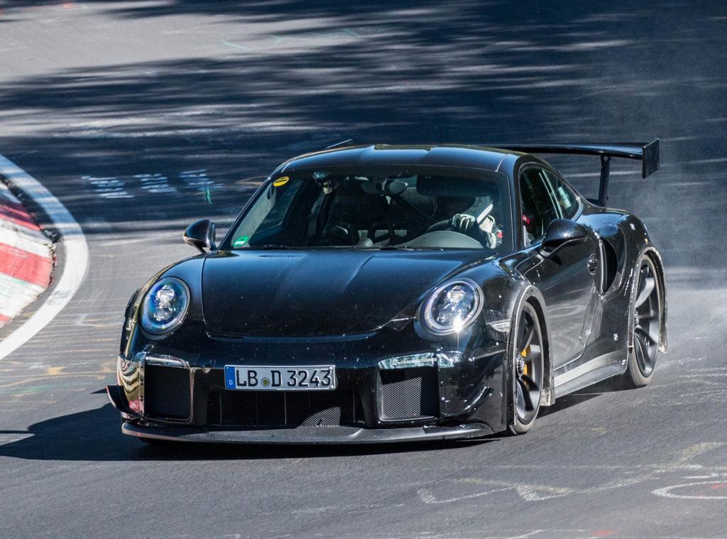 porsche-911-991-GT2-RS-2018_0-100_3