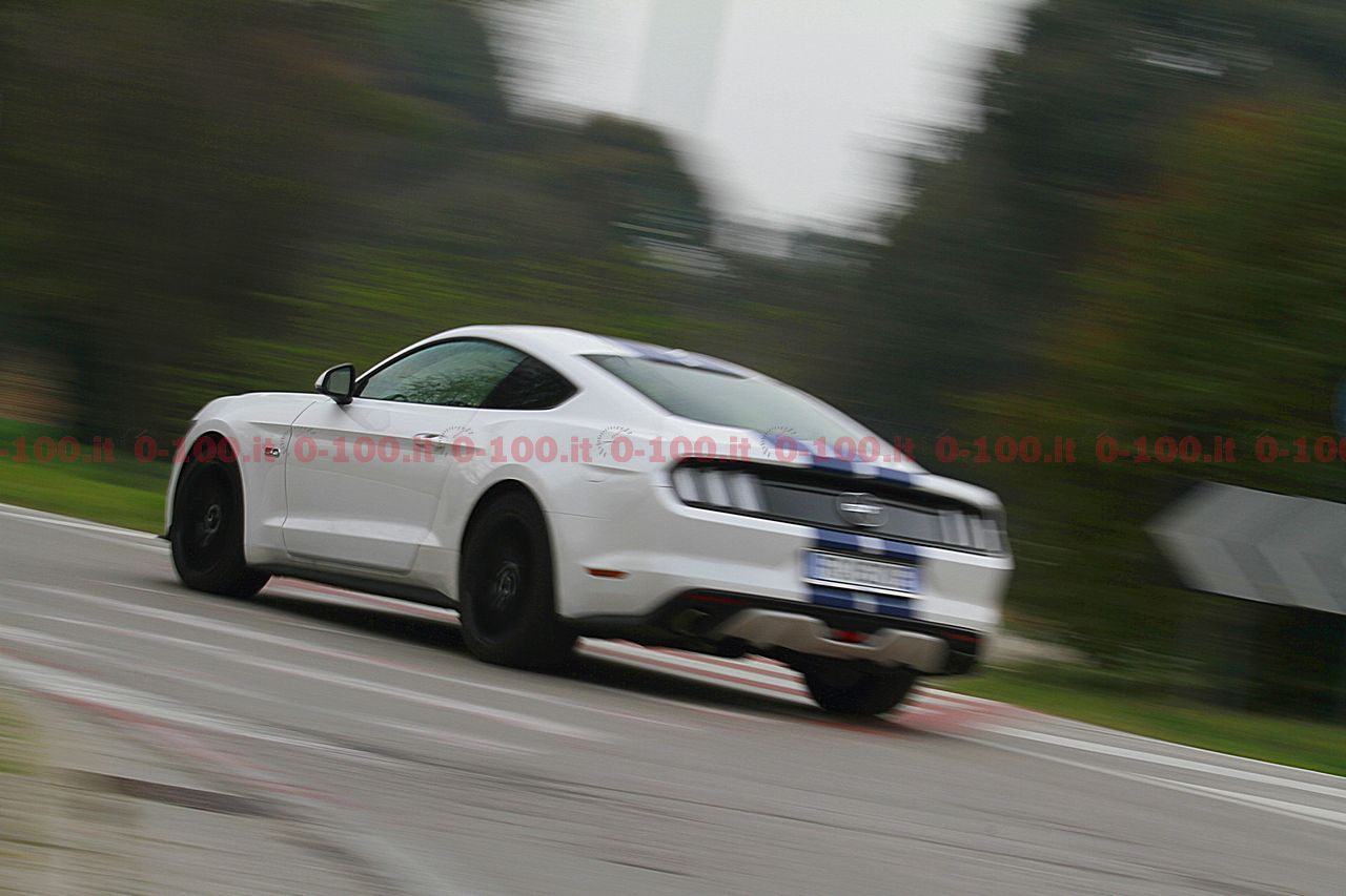test-drive-ford-mustang-5-0-v8-tivct-automatica_0-100-10