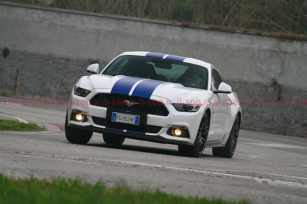 test-drive-ford-mustang-5-0-v8-tivct-automatica_0-100-12