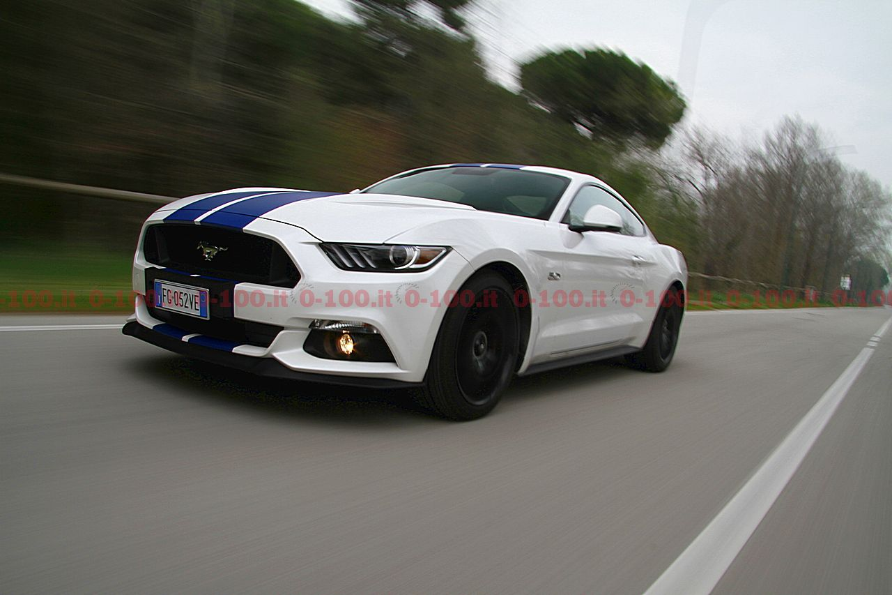 test-drive-ford-mustang-5-0-v8-tivct-automatica_0-100-2