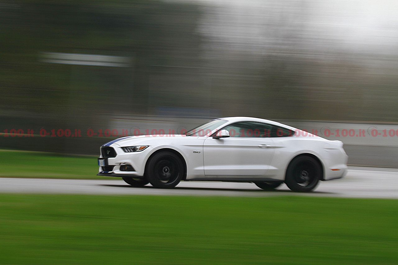 test-drive-ford-mustang-5-0-v8-tivct-automatica_0-100-7