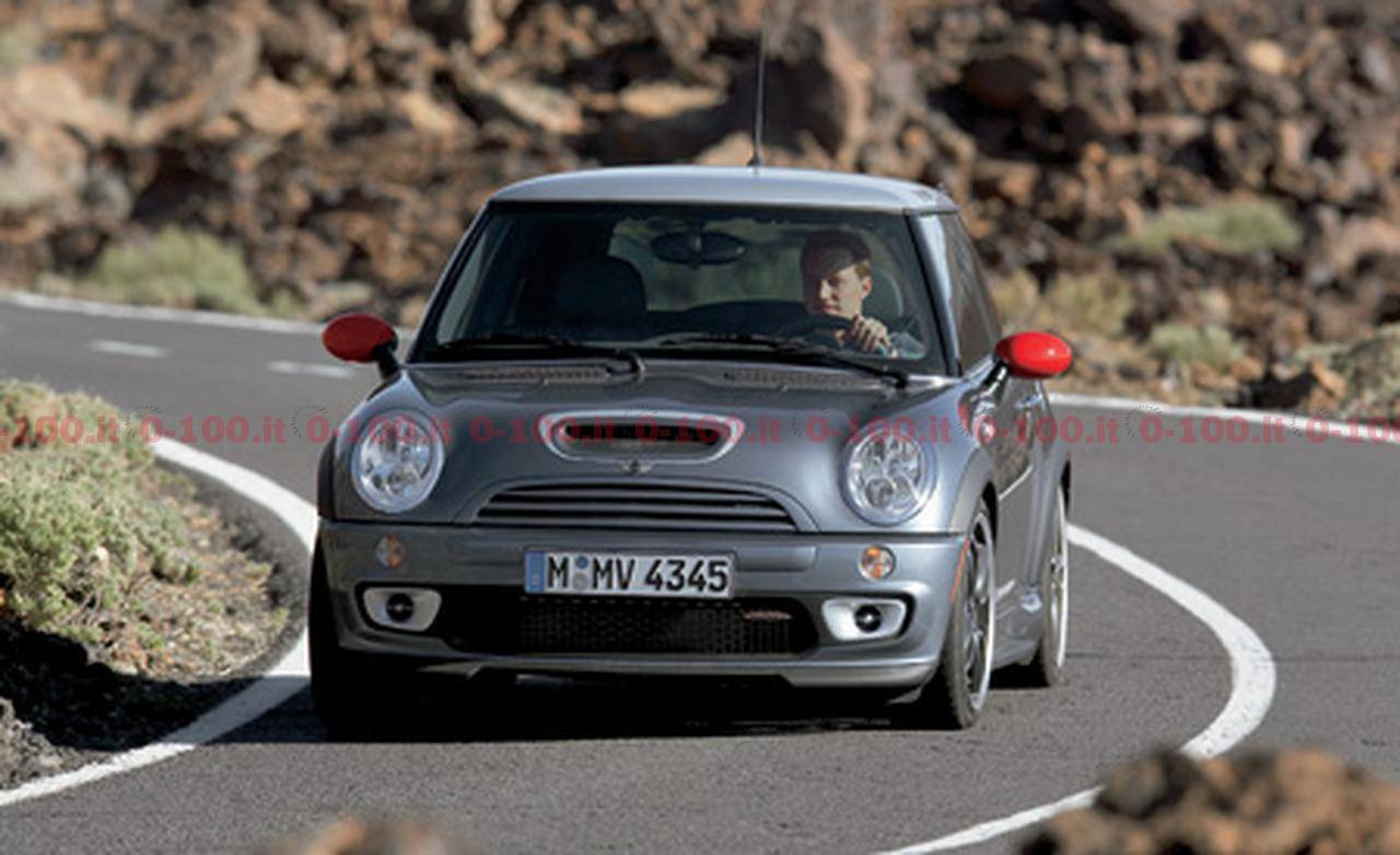 2006-mini-john-cooper-works-with-GP-kit_0-100_16