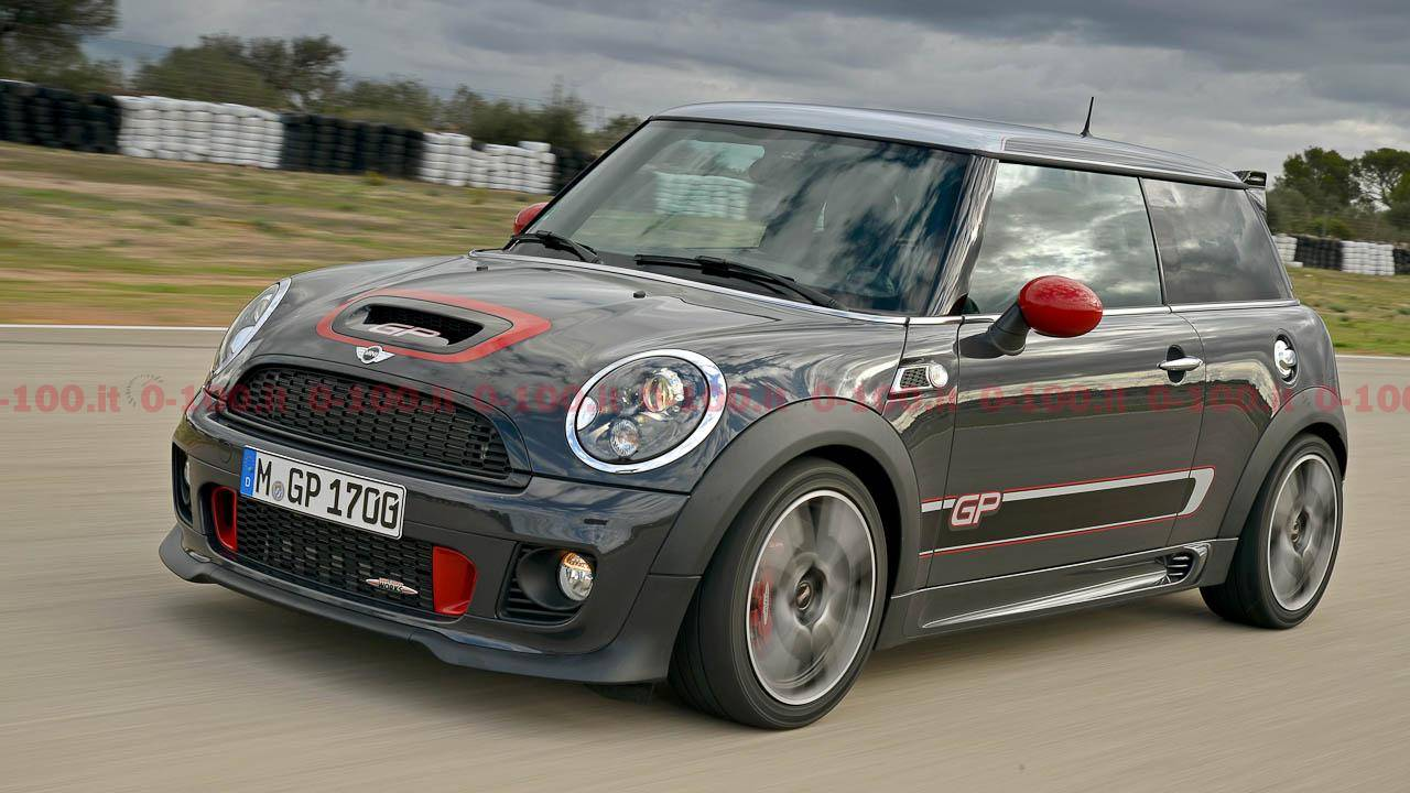 2013-mini-john-cooper-works-gp_0-100_16